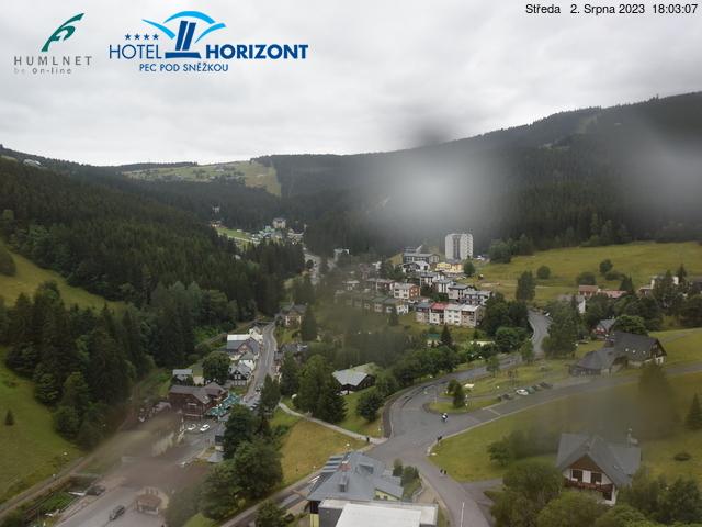 Webcam Ski Resort Pec pod Snezkou Ort - Giant Mountains