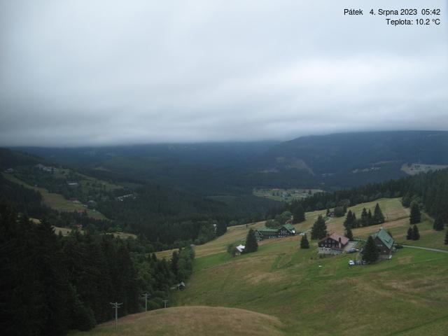 Webcam Skigebied Pec pod Snezkou cam 3 - Reuzengebergte