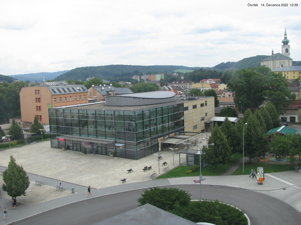 Web kamera - Spole�ensk� centrum UFFO (divadlo) - 1024x768